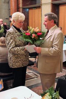 Regina Saeger gratuliert