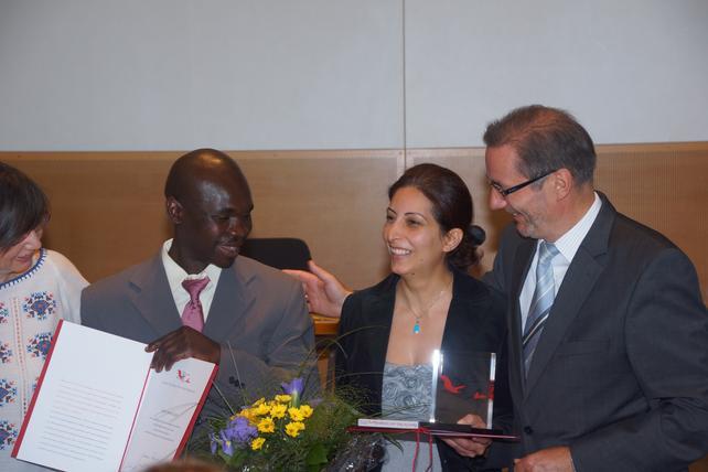 Tannaz Bidary und Patrick Kizito