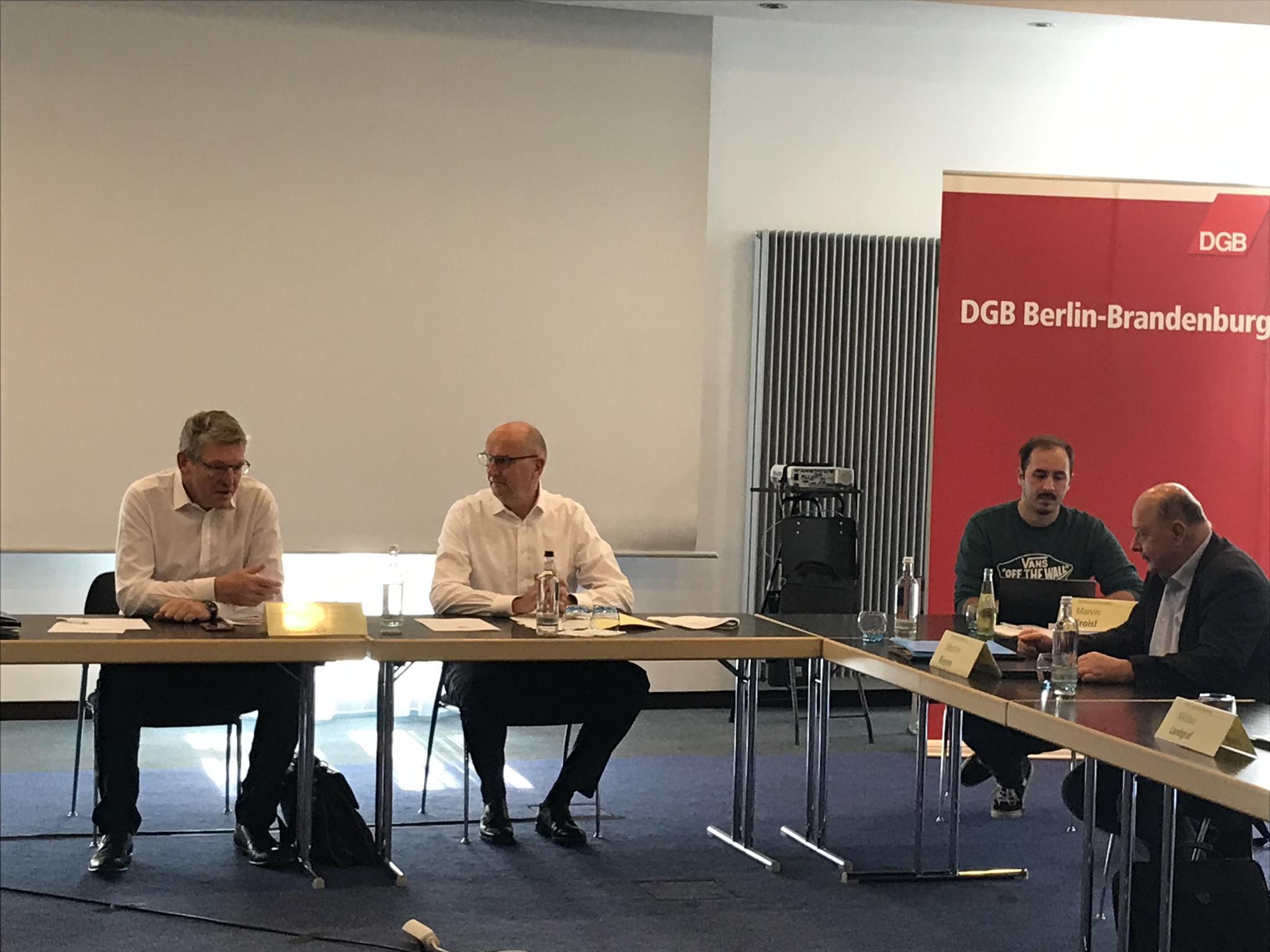 Ministerpräsident Woidke zu Besuch beim DGB Berlin-Brandenburg