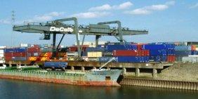 Teaserbild Containerhafen Duisburg